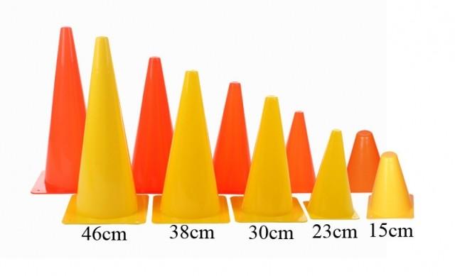Kužel tréninkový plastový - žlutá - 38 cm