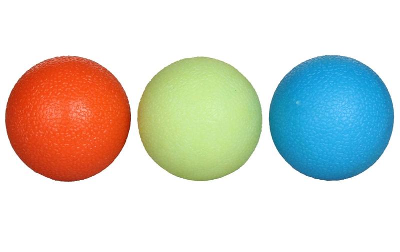 LiveUp Grip Ball posilovací míčky, 3ks